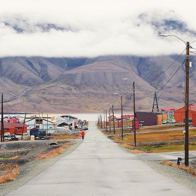 Longyearbyen.  #svalbard #longyearbyen #spitzbergen by annabengtsdotter