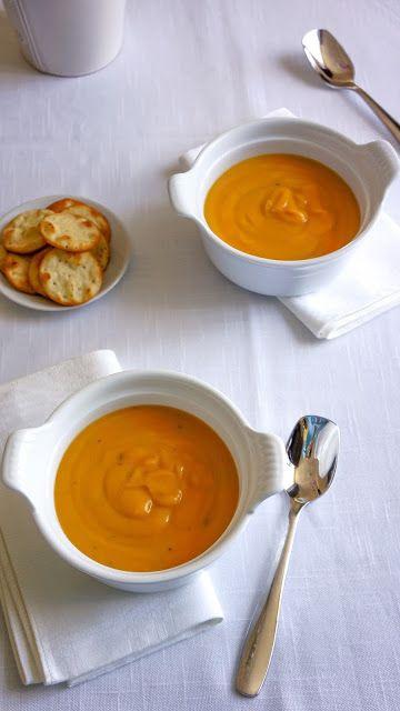 Cream of yellow split pea soup with coconut milk and savory | Tera Solara