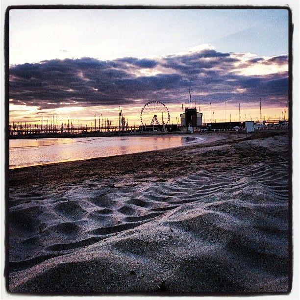 Alba a Rimini - Instagram by urdeaec #emiliaromagna #umbertocesari