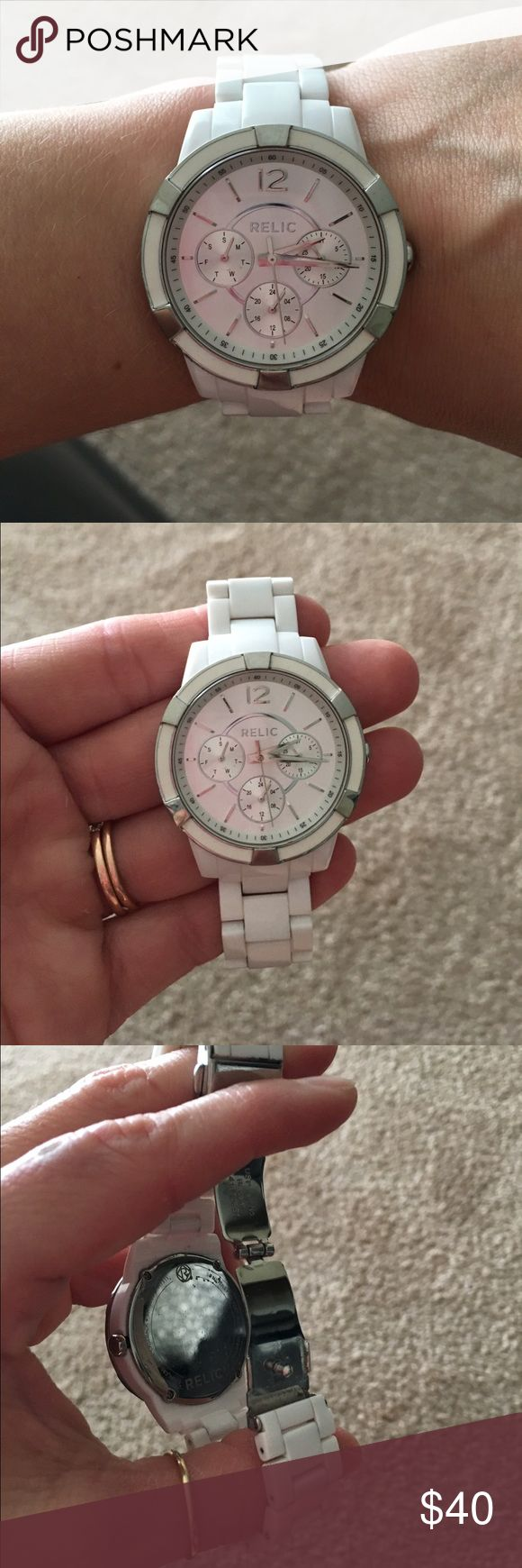 Relic watch White plastic like relic watch is used comes with box and links! Band does need cleaned Relic Accessories Watches