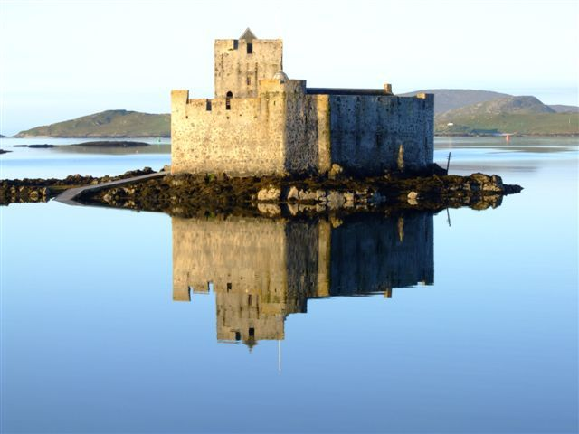 kisimul castle, barra, scotland