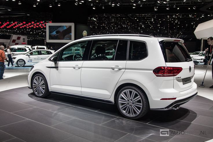 foto beurzen geneve 2015 volkswagen touran r line volkswagen touran r line 2470. Black Bedroom Furniture Sets. Home Design Ideas