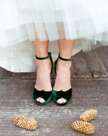 Green velvet wedding shoes- feels like a nod to Scarlett O'Hara!!
