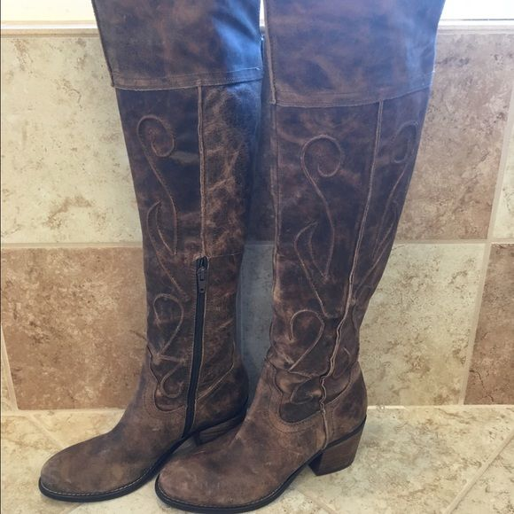 Above the knee Carlos Santana boots Very cute, very tall Carlos Santana boots. Brown, distressed look with lots of detail Carlos Santana Shoes Over the Knee Boots