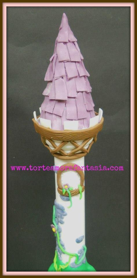Rapunzel Cake by www.torteamorefantasia.com