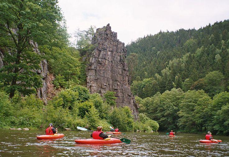 Czech Adventures event - Kayaking around amazing rocks