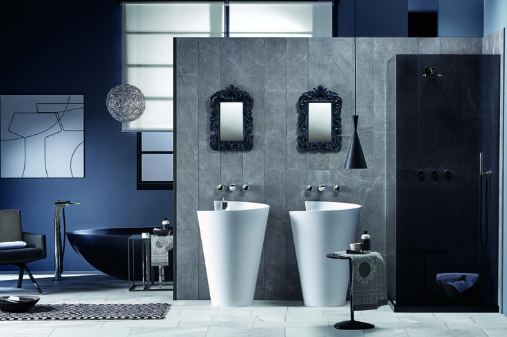 A #blackandwhite bathroom: two white Kon #washbasins and a Vov #bathtub black version. #design #bathdesign #bathroom #black #white #mood #style #minimal