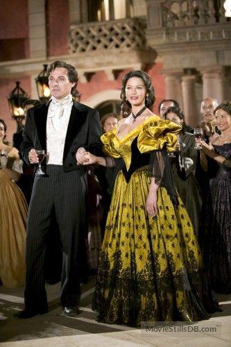 The Legend of Zorro (2005) Rufus Sewell and Catherine Zeta-Jones