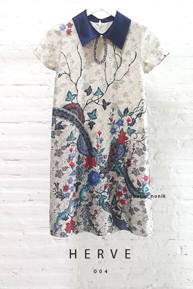 Herve 004 Contemporary Batik Design with Pearl Embellishment on Pendant Keyhole Trapezoid Dress Length of Dress : approx. 92 cm Material Used : Contemporary Batik Design, Semi Silk / Pearl Embellishment Standard Zipper Length (50-55cm) at the back