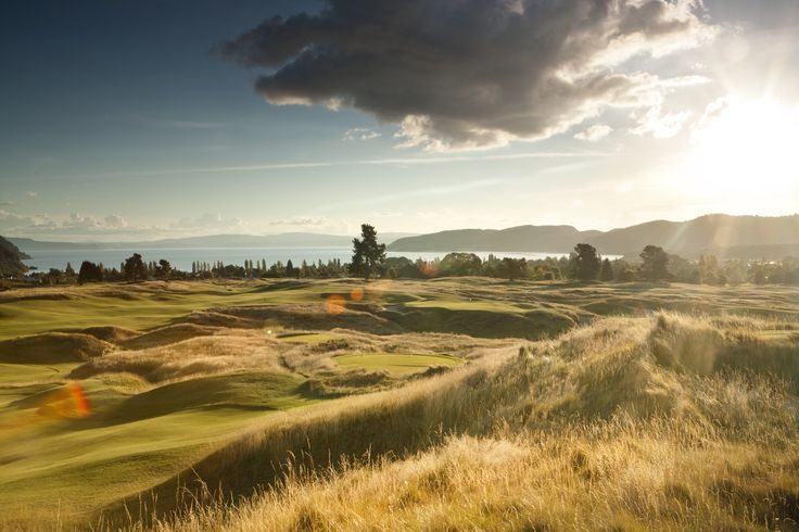 The 17th hole at The Kinloch Club Gold Course