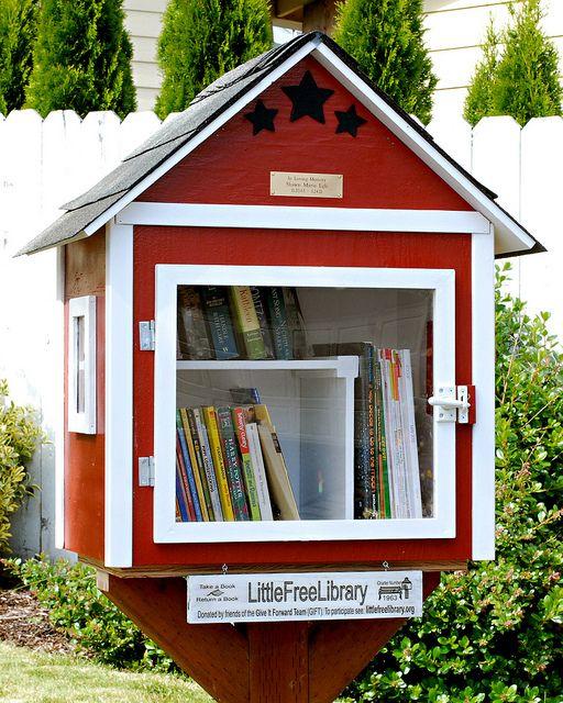 Little Free Library: Oregon, Oregon City #1963