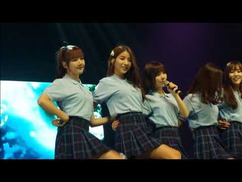 GFriend  Showcase in  fanmeet at The Theatre at Solaire, Manila