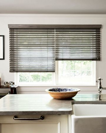 how to clean blinds outside