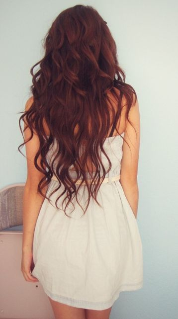 This is what Alexandra's hair color will be. I didn't want her to be a full red head, because it's a little too bright. If she had been born with red hair, she would've dyed it darker by now. This is basically what it'll look like: auburn, wavy and almost waist length.