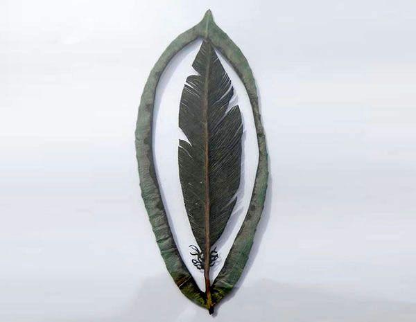 CHRISTINA LIHAN Além de arquiteta,  Christina Lihan  é também uma artista muito habilidosa na arte de modelar papel, criando réplicas em for...
