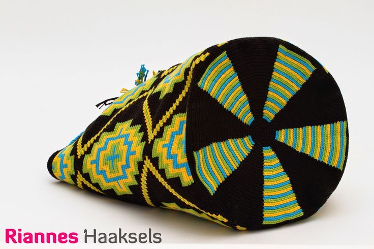 Wayuu mochila nummer 19 #doehetzelfvrouw #RiannesHaaksels