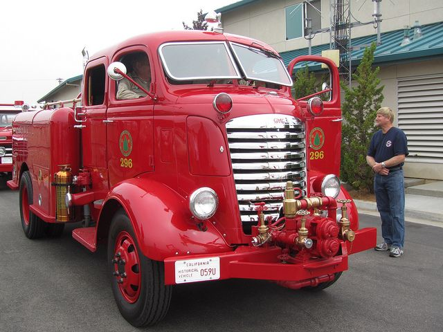 Big Fire Trucks | GMC 'Big Jimmy' Fire Truck CDF - 1939