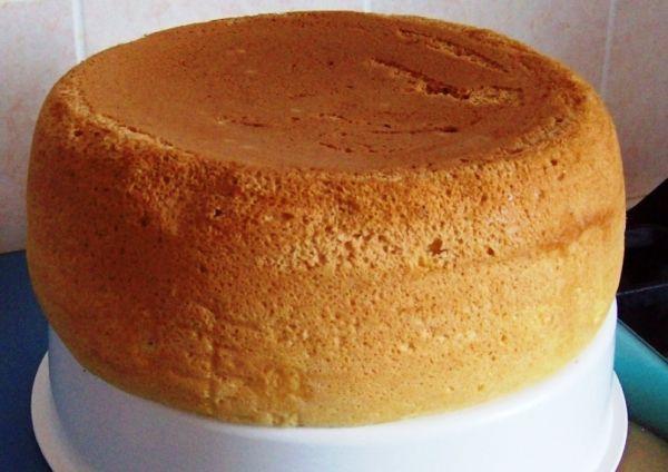 Как приготовить бисквит в мультиварке: пошаговый кулинарный рецепт