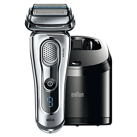 Efficient and comfortable, the Braun Series 9-9095CC Wet & Dry Electric Shaver is outstanding for delivering a close shave thanks to the 4,000 cross-cutting actions per minute and the synergy of 4 specialized cutting elements.