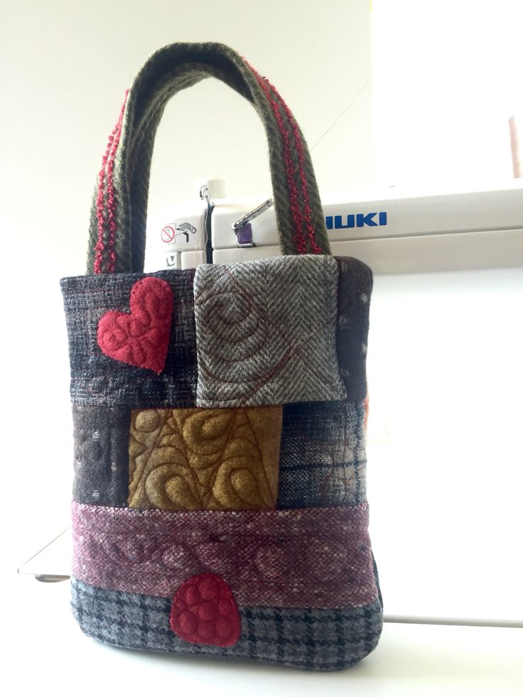 A bag small and beautiful woolヽ(´ー`)ノ可愛いウールのバッグ felisaquilts.com