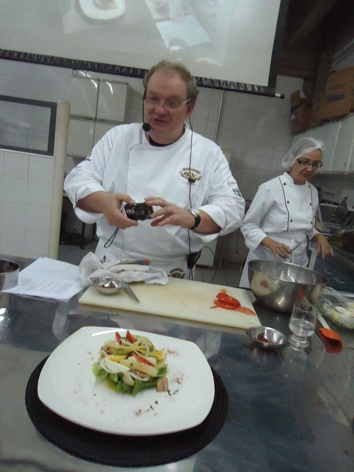 Falemos de gastronomia: Chefe Jorge Monti no Curso de pos graduação de nut...