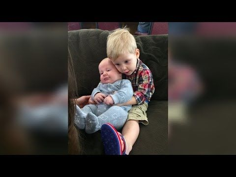 Jill Duggar's Son Israel Cuddles up to His Baby Cousin Henry : See how f...