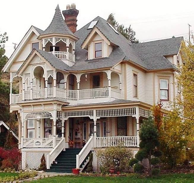Barber Shop Queen Anne : ... houses on Pinterest Queen anne, Vineyard and Gingerbread houses