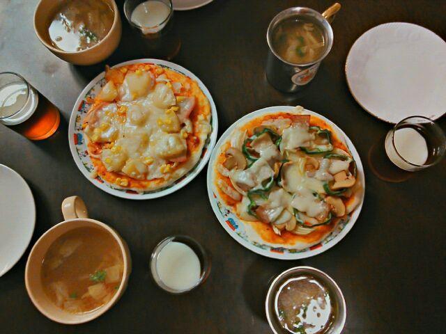 お嬢様作。冬休み家庭科の宿題ディナー - 18件のもぐもぐ - ピザ&スープ&紅茶ゼリー by あおやぎ あつし