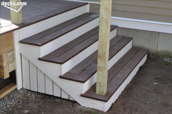 Best Stair Stringer Attachment Decks Com Trex Stairs Deck 400 x 300