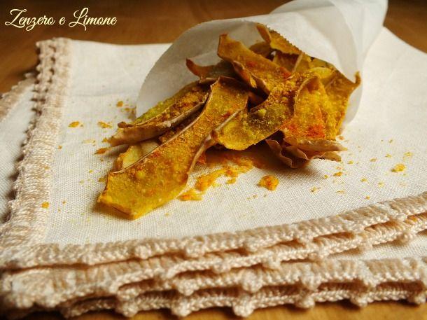 Le bucce di patate al forno sono uno snack davvero molto sfizioso che si prepara senza alcuna difficoltà. Niente più sprechi con questa ricettina.