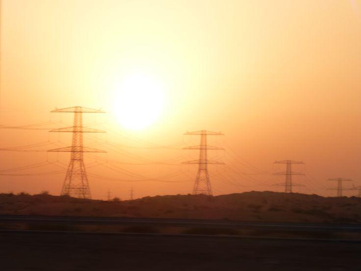 Woestijn Dubai bij zonsondergang