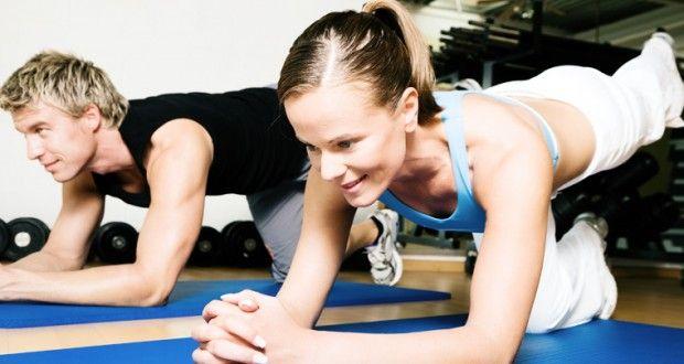 As posturas do hatha yoga, na tradição hindu, são denominadas como ásanas – ou assanas, de acordo com a pronúncia mais corrente. Com origem no sânscrito, as asanas nomeiam as diferentes posturas ut…