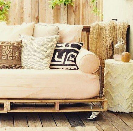 Drewniane palety: zastosowanie w ogrodzie | wogrodzienalejpiej.pl http://buff.ly/2iydWjQ