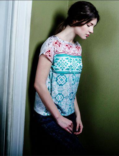 Bainha de Copas + Maria Maria: as blusas de seda que contam uma história.