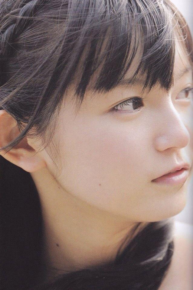 """Nakamoto """"SU-METAL"""" Suzuka"""