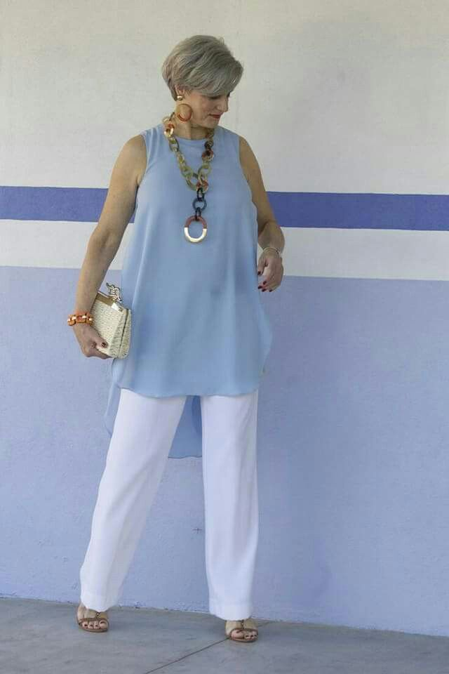 Summer style!! Cool blue top with classic white pants and great necklace!
