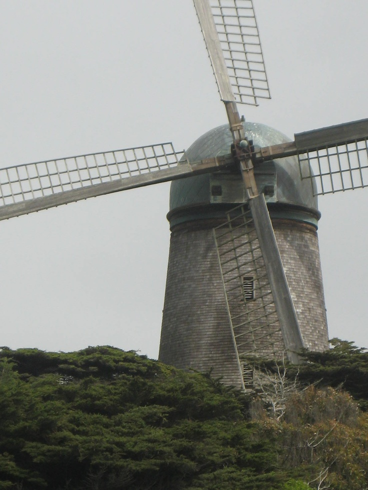 San Francisco Map Richmond District%0A Windmill in Richmond District near Pacific Ocean in San Francisco