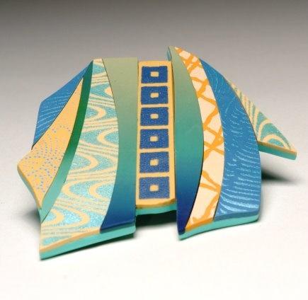 Autor: Karen Woods polymer clay silk screened Kimono series