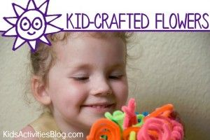 How to Make Flowers {Cute Pipe Cleaner Craft} - Kids Activities Blog