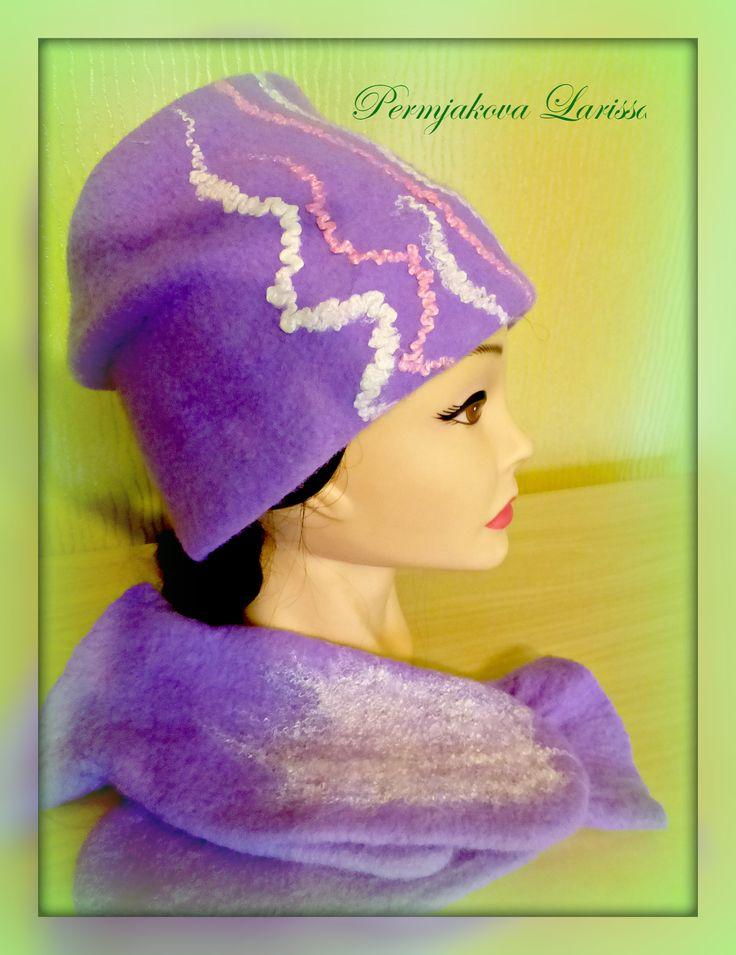 валяный комплект -шапка и варежки