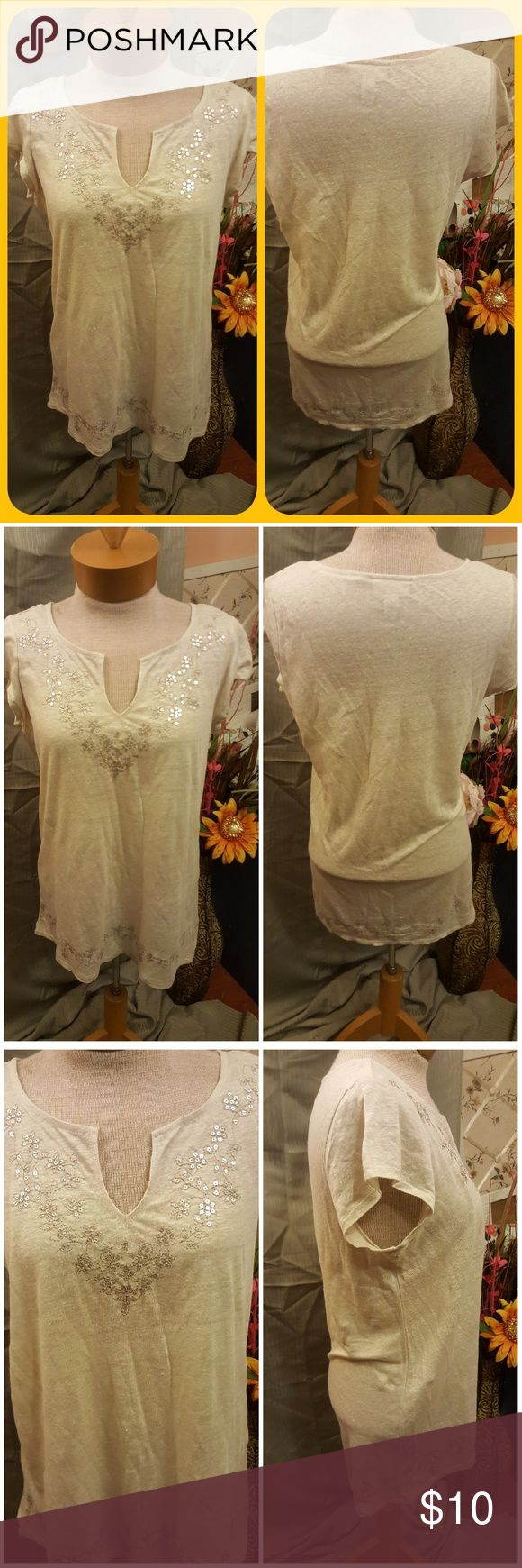 Kenar - Womens Top •Kenar - Womens Top •size Small •Used •Approx 25.5 inches Long (front)                 28 inches Long ( Back)                 36 inches Bust 100%Linen Cream Color w/ Sequins Kenar Tops Blouses