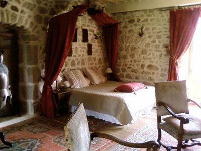 Best 25 Medieval Bedroom Ideas On Pinterest Castle Bedroom Medieval Home Decor And Witch Cottage