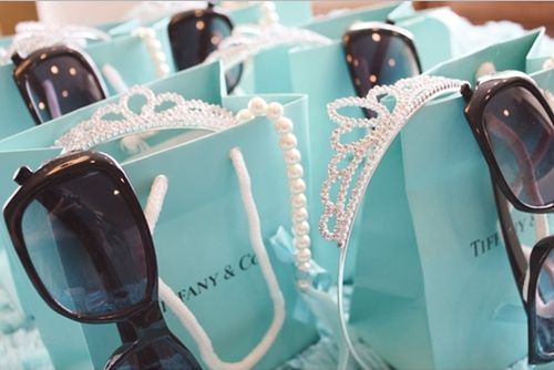 adorable little bags for a breakfast at tiffany's party. Aaww someone should throw me a b-day party like this!!