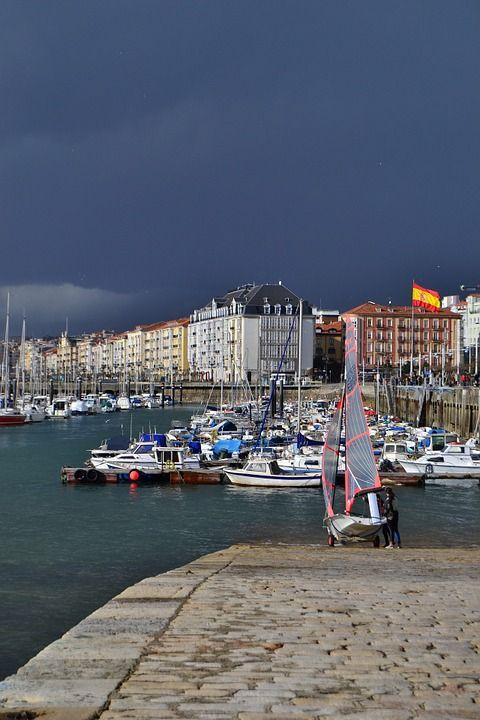Fantastico viaggio tra i Paesi Baschi, Cantabria, Galizia, Asturie e Léon con accompagnatore da Bari e da Roma | Spagna | Sedimuro Travel: viaggi organizzati per Clienti raffinati
