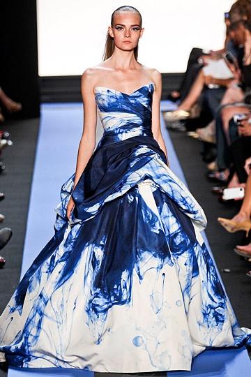 Monique Lhuillier Spring 2012.  Tie dye!: Monique Lhuillier, Evening Dresses, Ball Gowns, Parties Dresses, Lhuillier S S, Ties Dyes, Teen Parties, Prom Dresses, Spring 2012