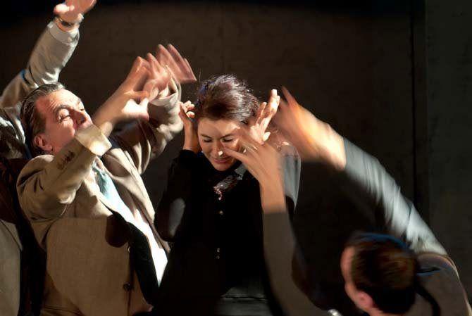 «Oncle Vania» : Lacascade chorégraphie un Tchekhov cruel au Théâtre de la Ville