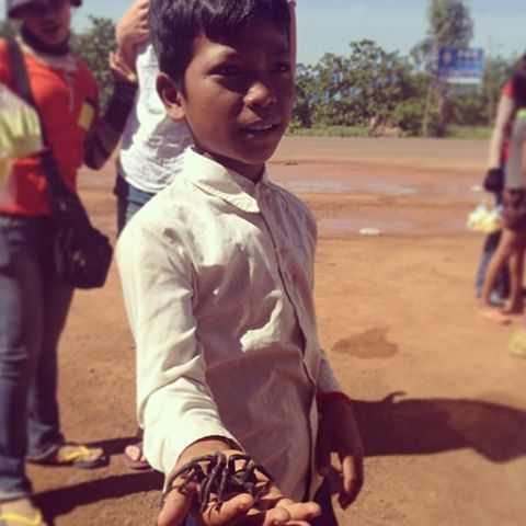 """[old photo] a local cambodian with his 'pet'. He liked to keep it in his pocket. #Cambodia #Pet #Tarantula #SEAsia #Travel #ljojlo"" Photo taken by @ljojlo_trvlblog on Instagram, pinned via the InstaPin iOS App! http://www.instapinapp.com (10/14/2015)"