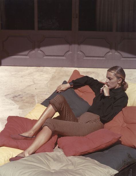 Slim Keith lounging in the 40s - look at those shoes