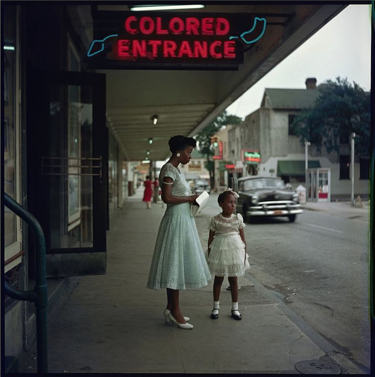 1950s photos about segregation that need to be seen today