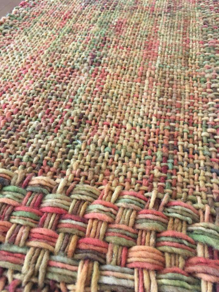 Variation in warp and weft numbers.